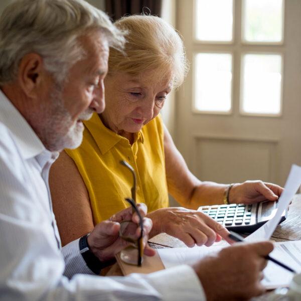 senior-couple-insurance-appication-form-PTM96TP
